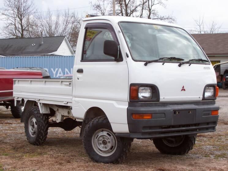 MacTown Mini Trucks Japanese Mini Truck 4x4 Kei Truck 4wd ...